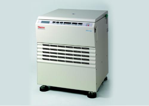 เครื่องปั่นเหวี่ยงตกตะกอน Heraeus Cryofuge 5500i Blood Processing Floor Model Centrifuge